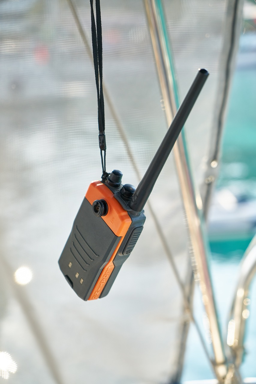 Emergency communication device